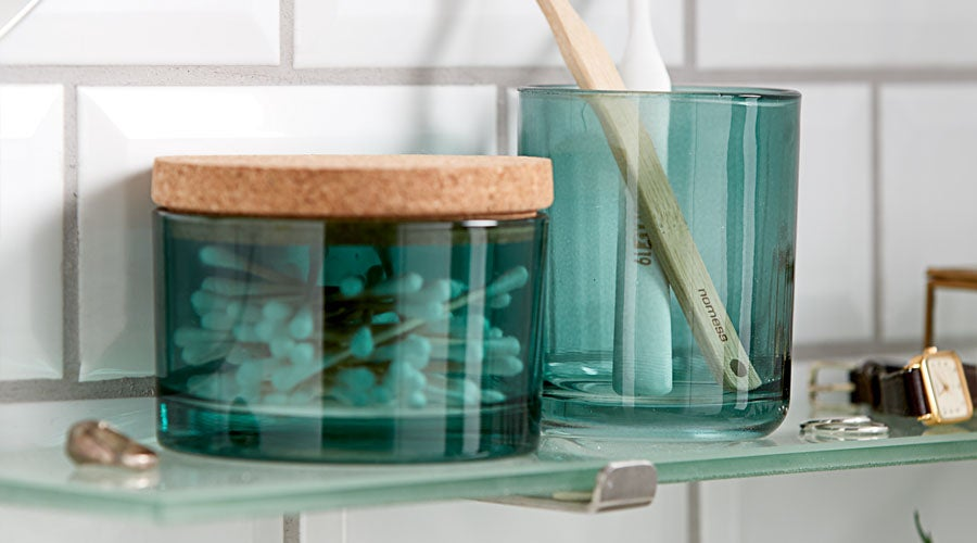 Budget Friendly Mini Makeover for Your Bathroom