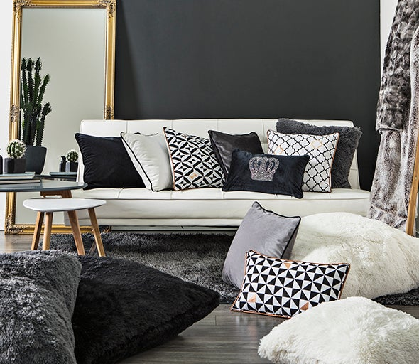 Decorative Pillows & Cushions
